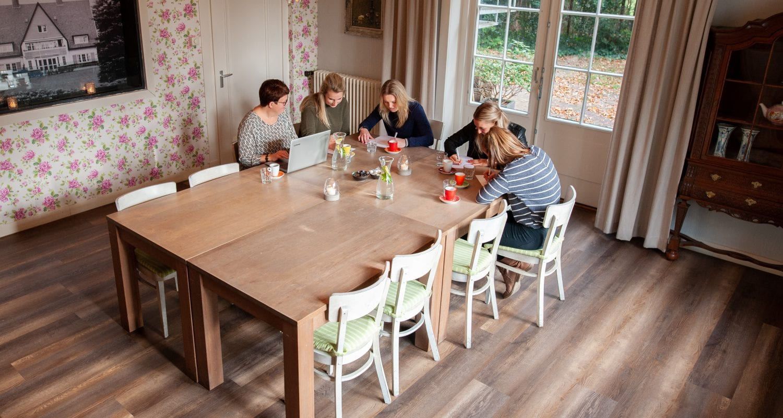 Kom vergaderen in een huiselijke omgeving